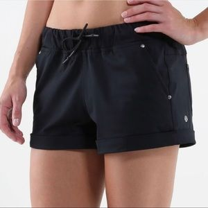 Lululemon Black Play All Day Shorts Size 12 EEUC